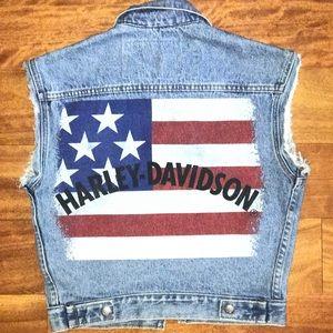 Jackets & Blazers - 🇺🇸VINTAGE Harley Davidson Denim Vest!